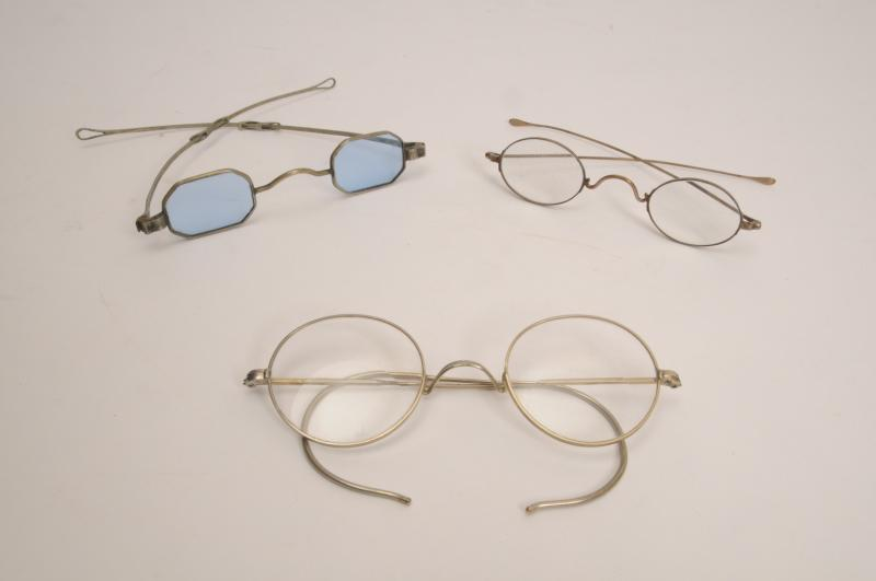 photograph of 19th century eyeglasses